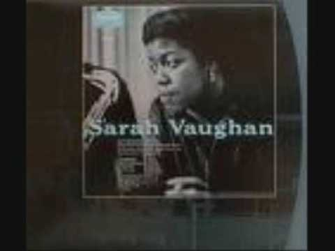 Tekst piosenki Sarah Vaughan - April in Paris po polsku
