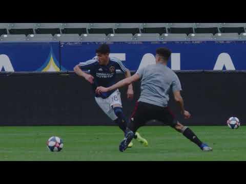 HIGHLIGHTS: LA Galaxy face off against Atlanta United in Southern California rain storm