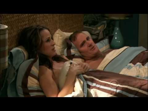 Gary Unmarried: S01E20 Gary Fixes Allison's Garbage Disposal
