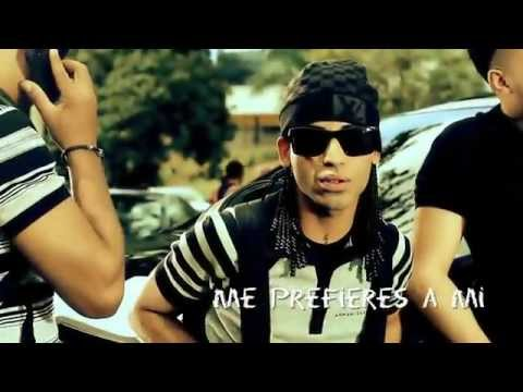 Reggaeton - 'ME PREFIERES A MI' Arcangel Official Video (C) 2012 Pina Records.
