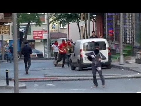 En Turquie, manifestations contre la violence policière
