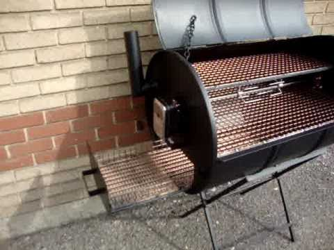 CHARCOAL BARBECUE OIL DRUM SMOKER BBQ