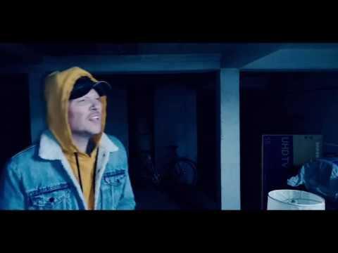 """Niels Roos - """"Lidt Ved Siden Af Mig Selv"""" (Officiel Video)"""