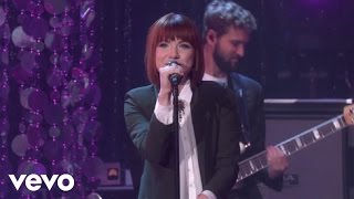Carly Rae Jepsen - I Really Like You (Live On The Ellen DeGeneres Show) - YouTube