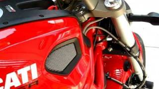 8. DUCATI Monster 796 ABS 2011
