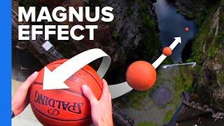 まるでグライダー! ダムからバスケットボールを落とす実験の結果がすごい!