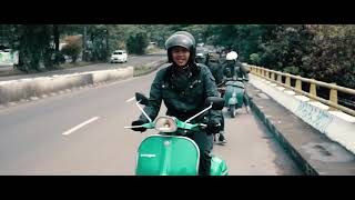 Video Monkey Boots - Kembali Pulang (Official Video) MP3, 3GP, MP4, WEBM, AVI, FLV Agustus 2018