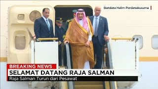 Video Detik-detik Kedatangan Raja Salman ke Indonesia ; Jokowi Sambut Raja Arab Saudi MP3, 3GP, MP4, WEBM, AVI, FLV April 2019