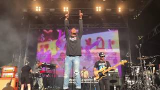 """Anderson .Paak, """"GLOWED UP"""" (with R. Kelly's, """"Ignition""""), Laneway Festival, Sydney, February 2018"""