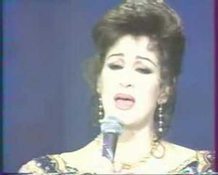 "Warda al Jazairia chante avec George Moustaki : ""Les Feuilles Mortes"" (1993)"