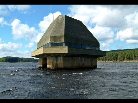 10 Best Zombie Proof Houses (видео)