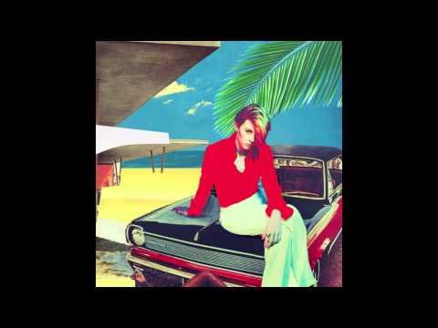 Tekst piosenki La Roux - The Feeling po polsku