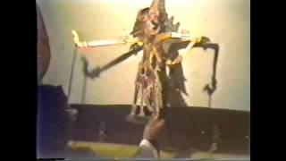 Video Dokumen Penting - Wayang Kulit Master Sabet Sragen almarhum Ki Gondo Darman part 02 MP3, 3GP, MP4, WEBM, AVI, FLV November 2018