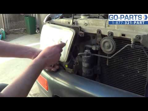 Replace 1996-2002 Toyota 4Runner Headlight / Bulb, How to Change Install 1997 1998 1999 2000 2001