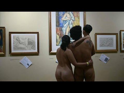 Κολομβία: Έκθεση τέχνης… μόνο για γυμνούς!