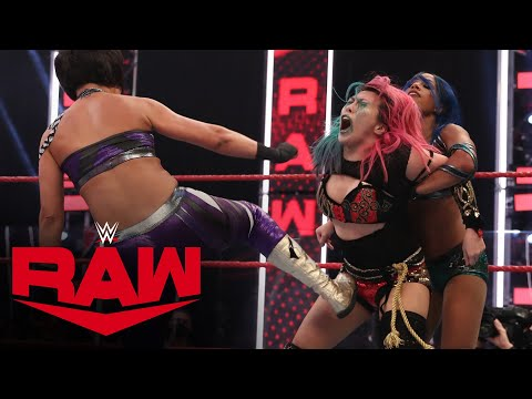 Asuka & Shayna Baszler vs. Sasha Banks & Bayley: Raw, Aug. 17, 2020