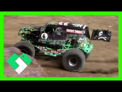 monster - We head to Chase Field for our first Monster Jam!!! SUBSCRIBE for daily vlogs: http://j.mp/clintus Sign up for our free Newsletter: http://j.mp/ClintusNews Yesterday - http://j.mp/1CoR2Qt...