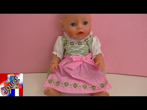Une robe de roses ? La campagnarde porte son Dirndl – Adorable petite poupée Baby Born en rose