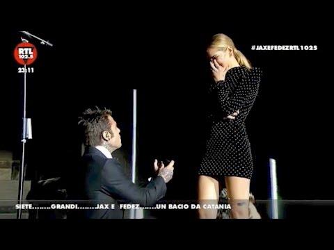 Proposta di matrimonio in diretta per Fedez e Chiara Ferragni – VIDEO