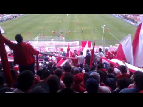 """""""En el barrio avellaneda hay una banda..."""" - La Barra del Rojo - Independiente"""