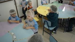 Vídeo exibido durante a programação do dia dos avós, na Semana da Família 2017. Colégio Adventista de Gravataí Filmagem e Edição: Bruno Freitas.