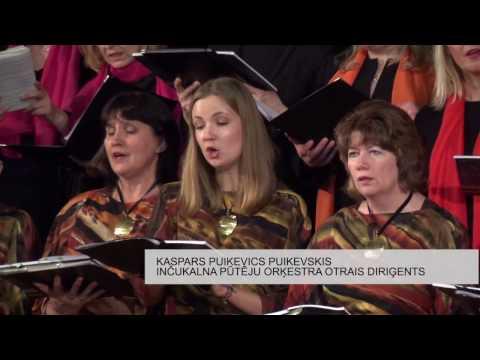 Uz ikgadējo pavasara ieskaņu koncertu Inčukalna tautas namā pulcējas pūtēji un koru dziedātāji