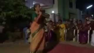 Whatsapp Funny Videos - Awesome Dance by Grandma 2015