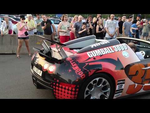 Le rallye automobile Gumball3000 à Niagara