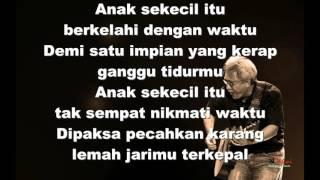 Video Iwan Fals - Sore Tugu Pancoran (lirik) MP3, 3GP, MP4, WEBM, AVI, FLV Juni 2018