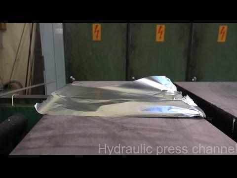 當液壓機壓了「折了26次的鋁箔紙」後,會發生什麼事情呢?