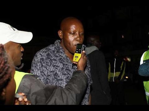 Drama in Eldoret as drunk drivers fight NTSA's alcoblow (видео)