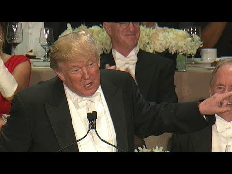 تبادل النكات والفكاهة بمزاج عال بين هيلاري وترامب في حفل عشاء خيري بنيويورك