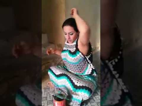 Video pakistani muslim aunty removing her armpits hairs download in MP3, 3GP, MP4, WEBM, AVI, FLV January 2017