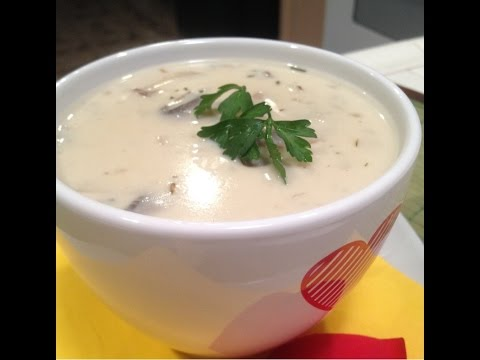 EASY HOMEMADE CREAM OF MUSHROOM SOUP