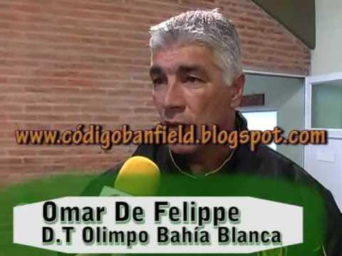 Omar De Felippe director técnico de Olimpo Bahía Blanca
