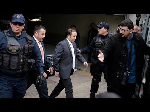 Athen: Gericht lehnt Auslieferung von türkischen Sold ...
