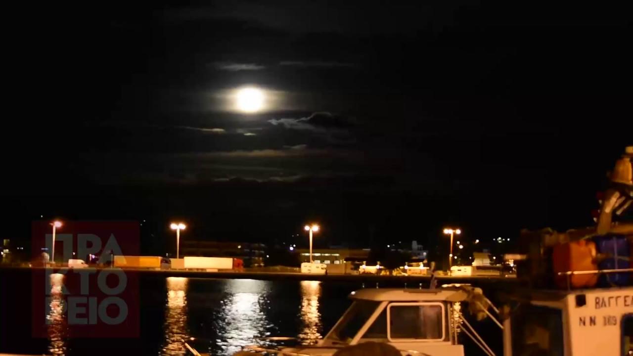 Η μεγάλη Πανσέληνος του Νοεμβρίου πάνω από το Ναύπλιο