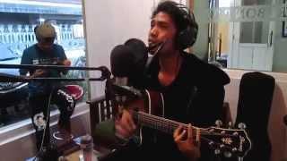 Adista Live Acoustic di Cirebon Radio