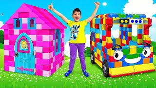Video Max and Sasha plays with Colored Toy Blocks Buses and Playhouses MP3, 3GP, MP4, WEBM, AVI, FLV Juli 2019
