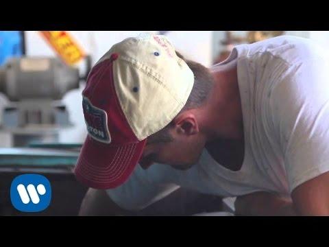 Blake Shelton - Buzzin'