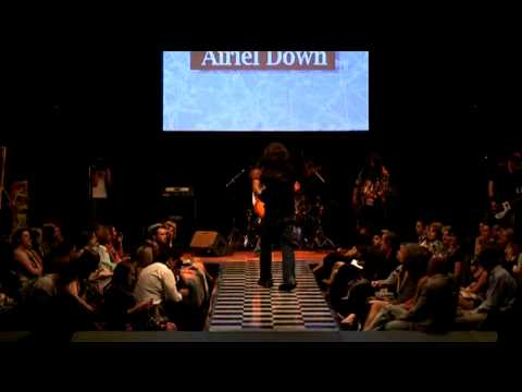 livefashionweek - http://www.airieldown.net Airiel Down performing the song Air in a Fashion show which happened at the convention center in downtown Raleigh. Enjoy it!!!!!!!