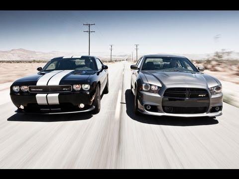 2012 Dodge Charger SRT8 vs 2011 Dodge Challenger SRT8 392