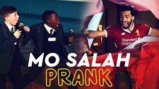 Video Mo Salah bursts through wall to surprise kids | KOP KIDS PRANK MP3, 3GP, MP4, WEBM, AVI, FLV Agustus 2018