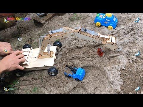 máy xúc đất chế từ bơm tiêm  - Excavator videos for children - Thời lượng: 7 phút, 44 giây.