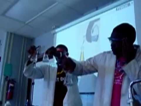 Donnivien Bertram and Isaac Marshall demonstrate an Oscillating Reaction