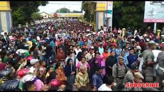 Video Lautan Rakyat Sambut Jenazah Bupati Ende#KotaPancasila#Sukarno MP3, 3GP, MP4, WEBM, AVI, FLV Mei 2019