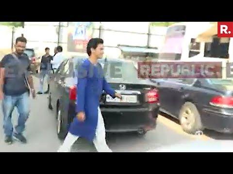 Republic TV Confronts VVIP Brat Aditya Narayan