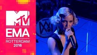 Video Anne-Marie - Alarm [Live from MTV EMAs 2016] MP3, 3GP, MP4, WEBM, AVI, FLV Oktober 2018