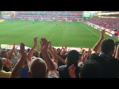 Leeds, Leeds are falling apart again!