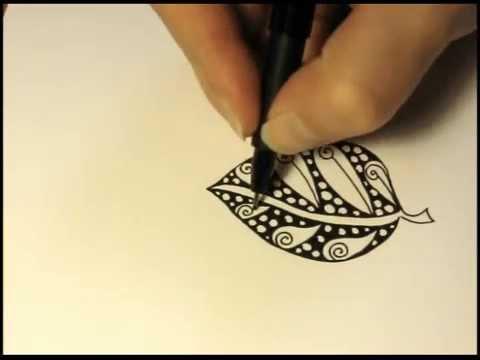 Zentangle®-Inspired Art: Leaf #1